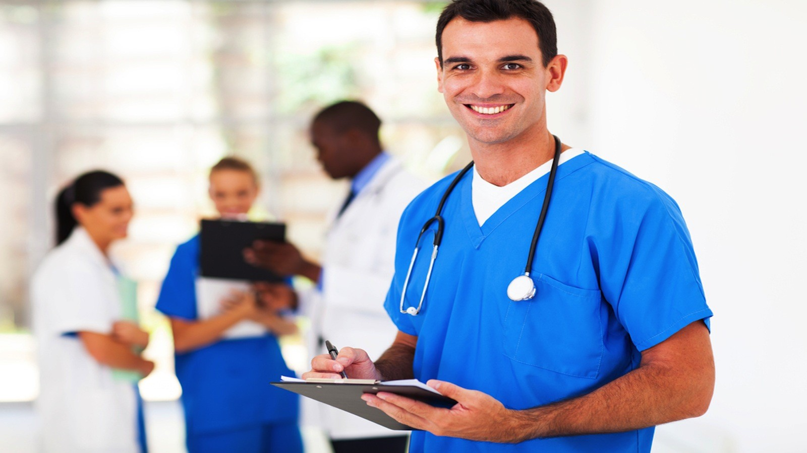 TOP 5 TIPS FOR THOSE NURSES WHO WORK ON THEIR FEET, 24 HOURS NON-STOP